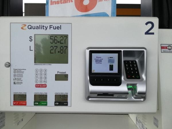 ニュージーランド_ガソリンスタンド2