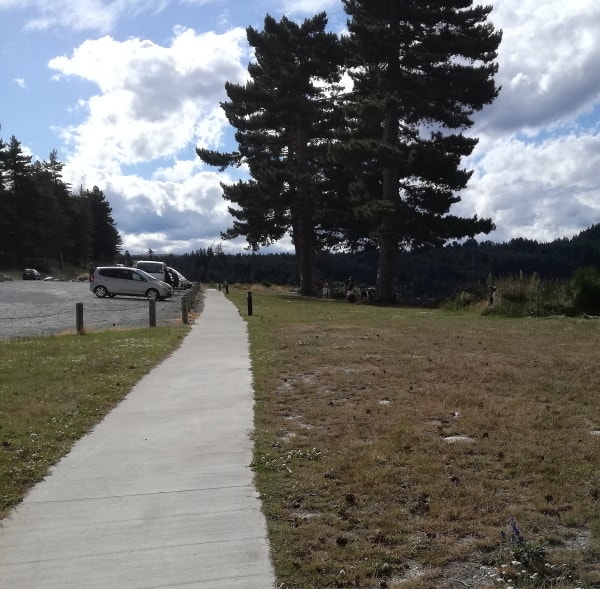 テカポ湖_散歩1